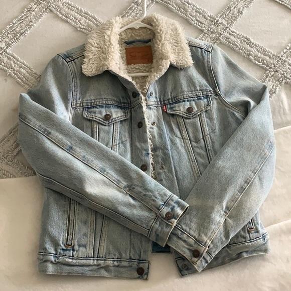 Levis Vintage Denim Jacket Size S